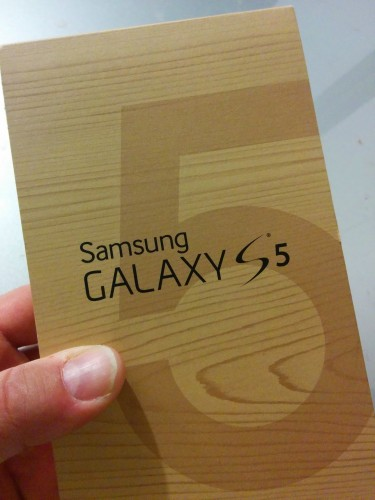 Samsung Galaxy S5 in Box